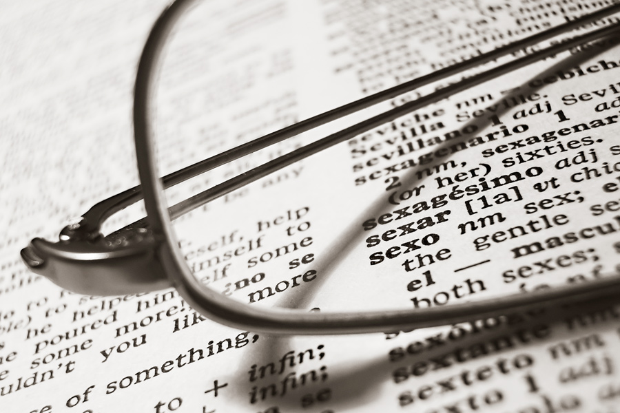 Professionele vertalers zijn in staat de juiste woorden te vinden en daarmee een bepaalde toon en sfeer neer te zetten.