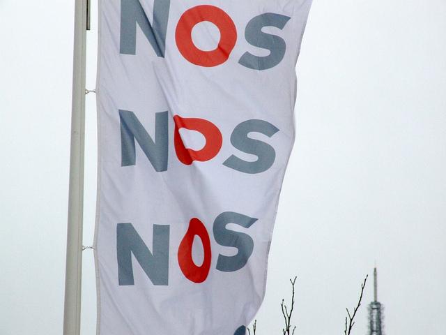 NOS-vlag in Hilversum